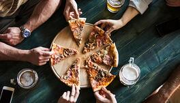 2017 Trends Forecast for Pizzerias and Other Restaurants