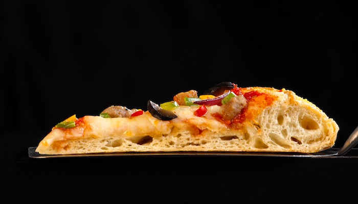 Par-baked-crusts-vs-dough-balls.jpg