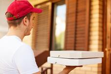 How to Know if Your Pizzeria Should Offer Delivery