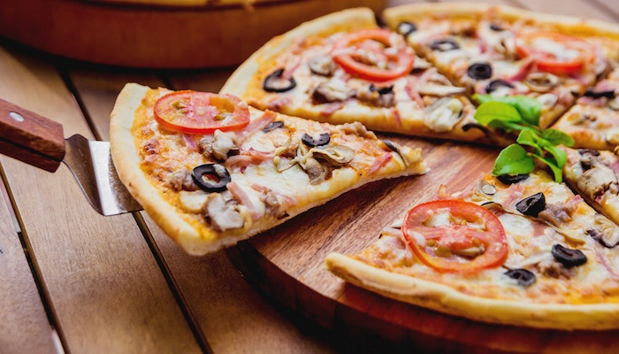 Top 3 Commercial Pizza Crust Types for Convenience Stores