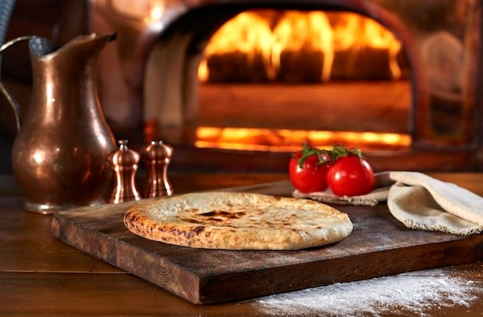 New!Authentic Wood Fired Crust from Alive & Kickin'